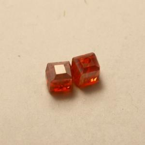 Perles en cristal AAA carré 6x6mm couleur rouge transparent (x 2)